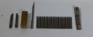 携帯電話のコネクター用モールド金型の加工。