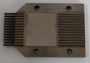 自動機金型のパンチ研削加工です。