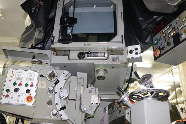CNCプロファイル研削盤